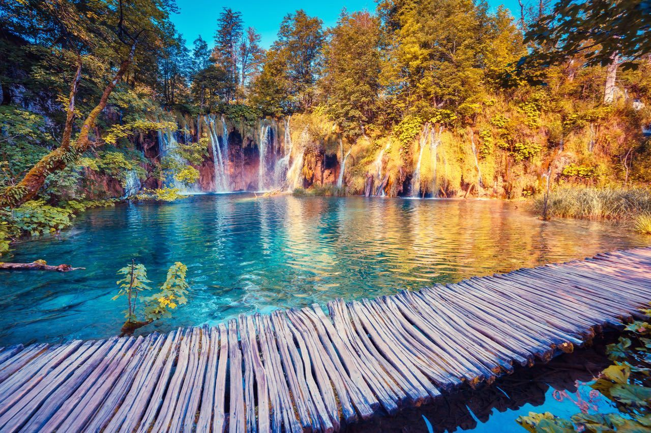 Best One-day Private Tours to Plitvice Lakes in Croatia